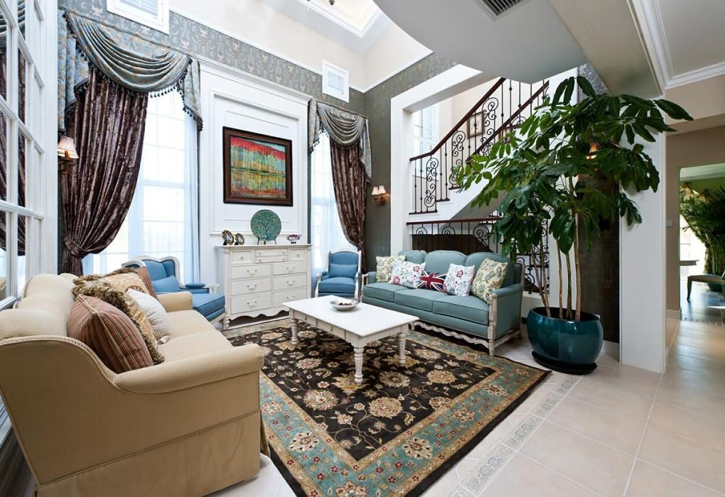 地中海风格客厅楼梯装修样板房