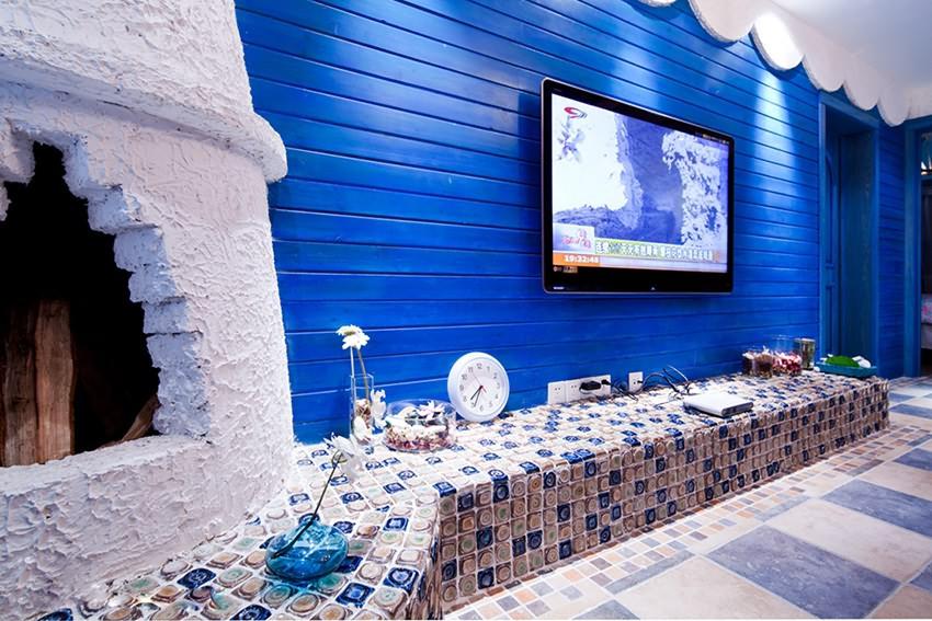 复式/跃层客厅电视背景墙设计