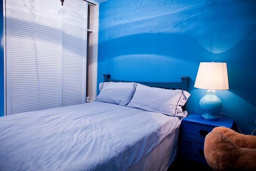 180平米卧室衣柜装修案例图
