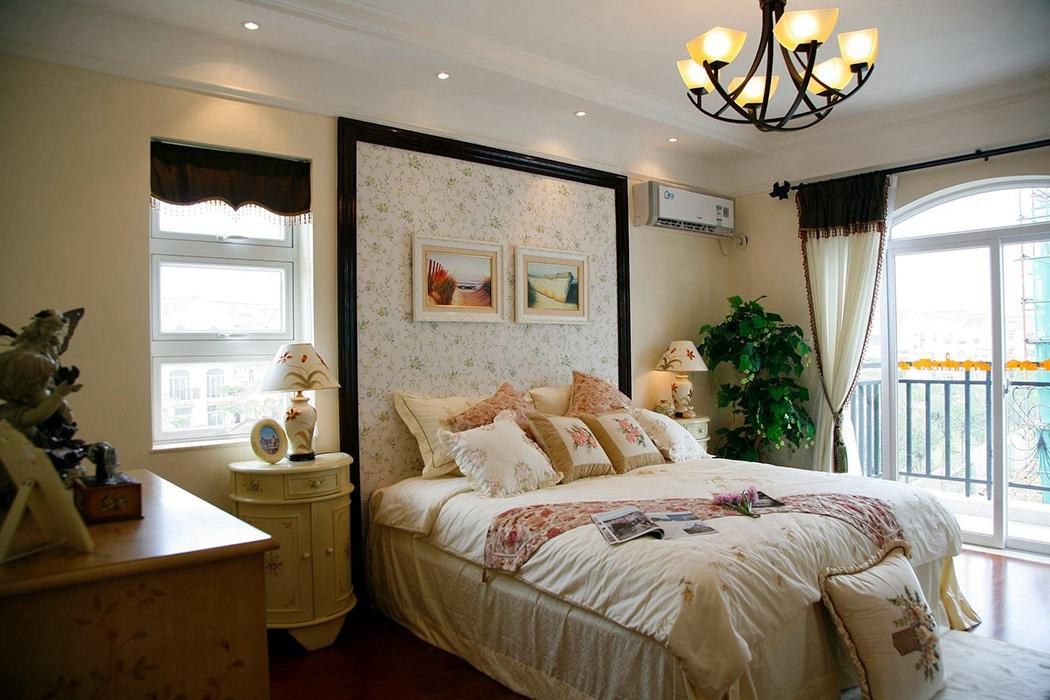 180平米卧室背景墙家装案例