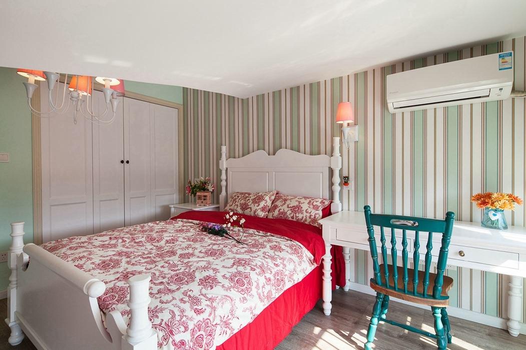复式/跃层卧室背景墙家装实景图