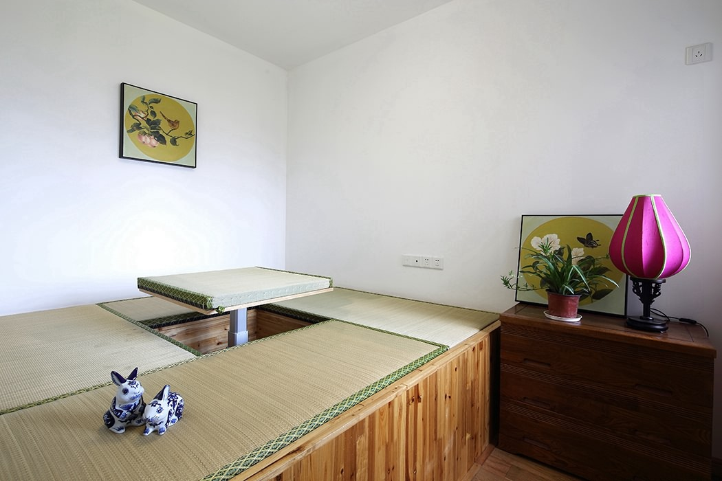 二居室休闲区榻榻米图片