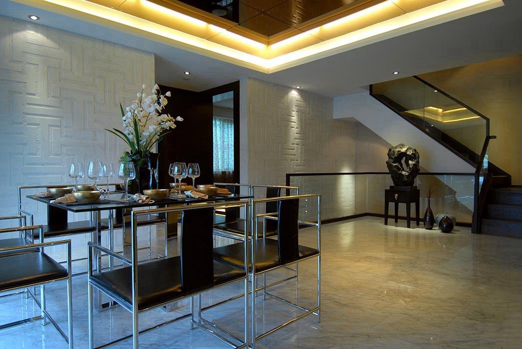 别墅餐厅楼梯家装效果图