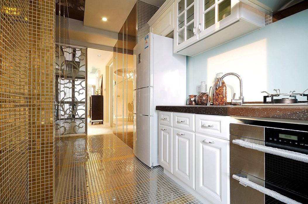 欧式风格厨房室内效果图