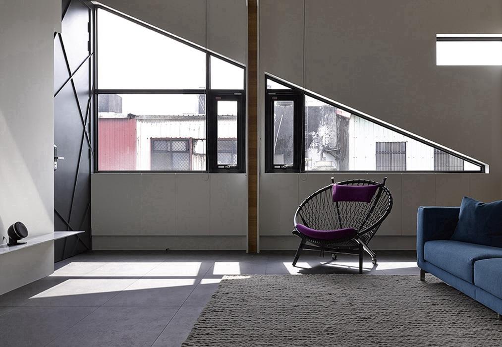 136平米客厅窗户装潢样板间