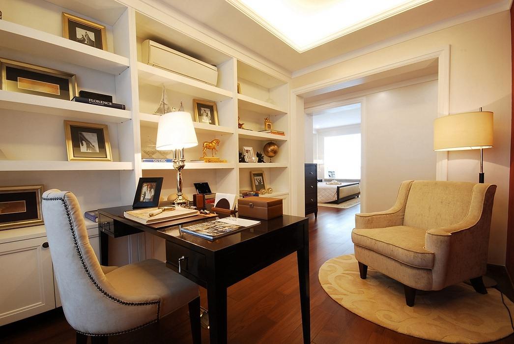 149平米书房书柜/架效果图