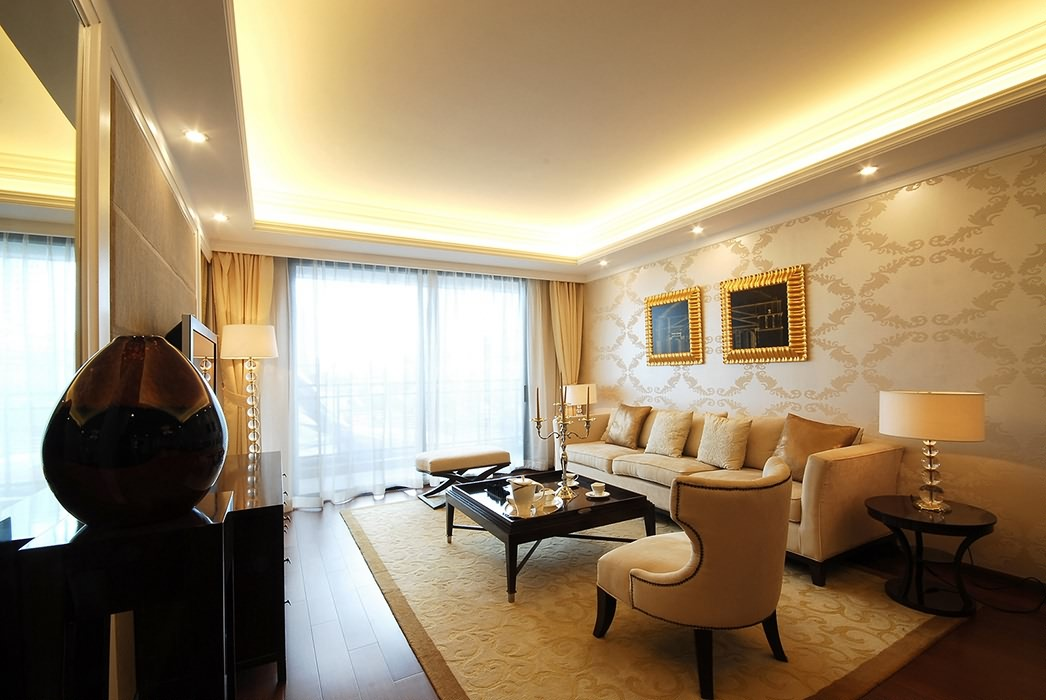 四居室客厅背景墙装潢设计