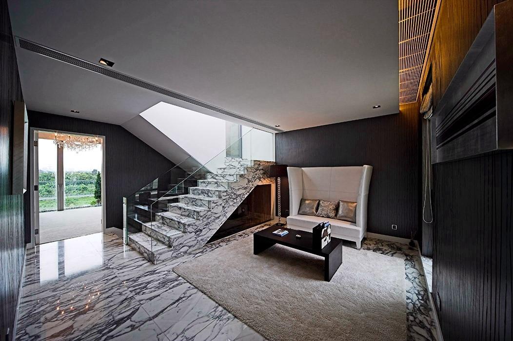 别墅客厅楼梯家装效果图