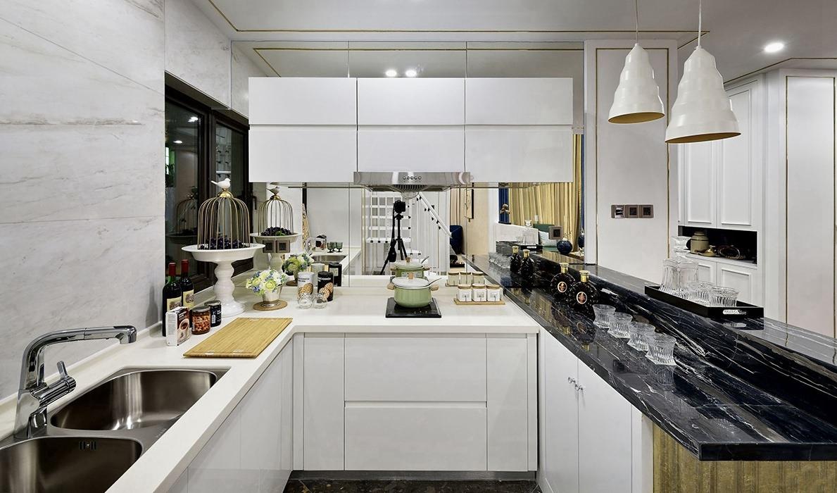 368平米厨房橱柜装饰案例