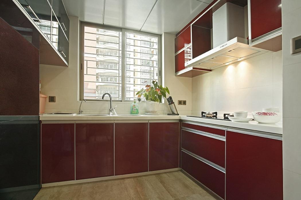 欧式风格厨房橱柜装饰设计